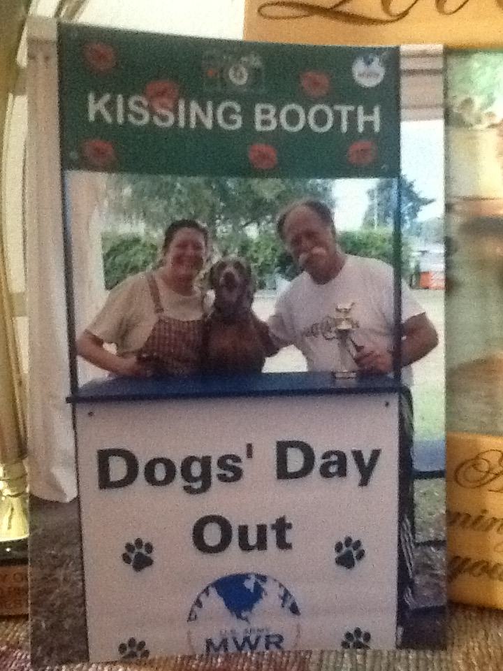 Kissing Booth_1160.JPG