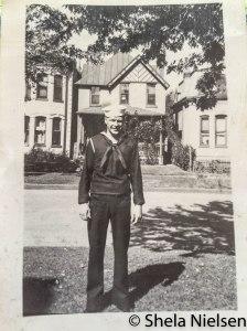 Bill Whitford Oct 1943 Denver, Co._2507 11.11.41 AM